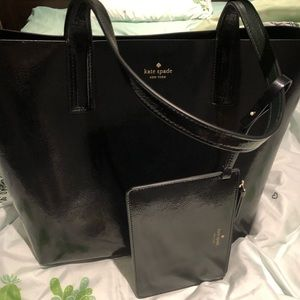 Brand New Kate Spade reversible Tote with pouch
